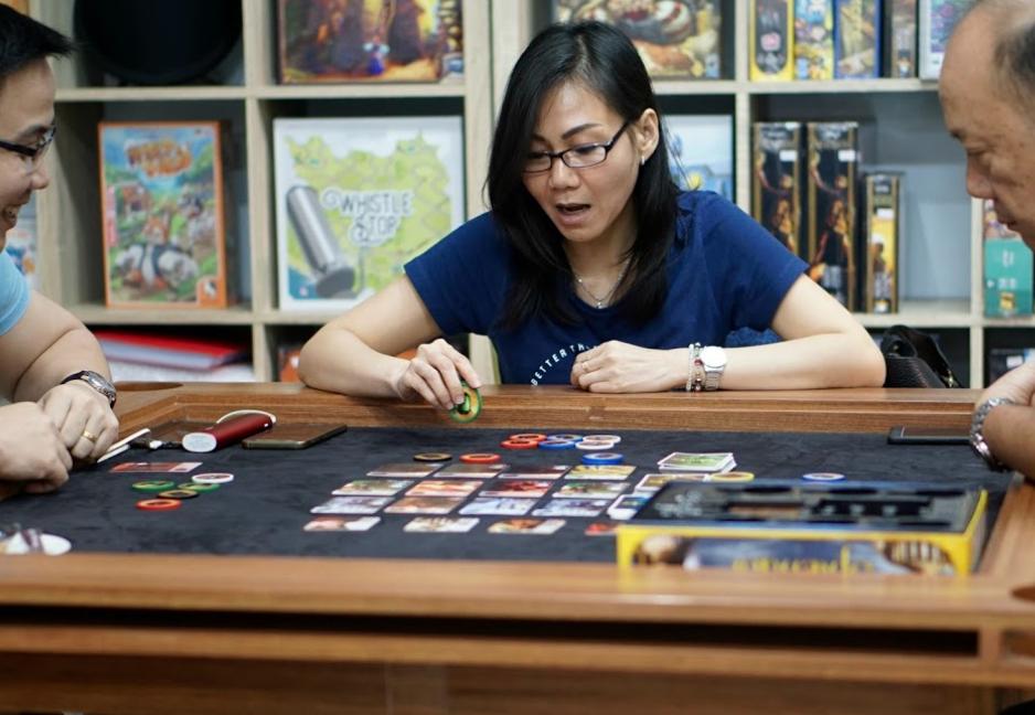 Helovesus Board Game Cafe jakarta