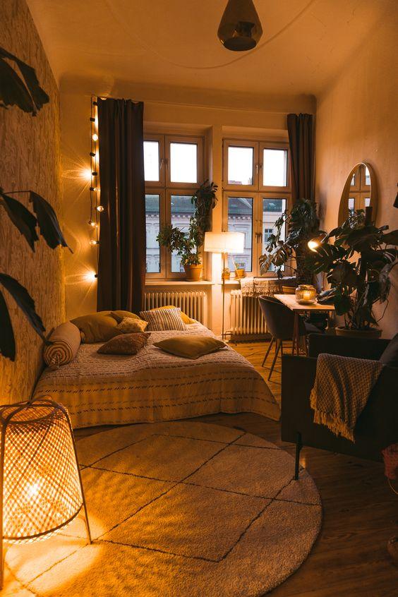 warm lighting to make an aesthetic room
