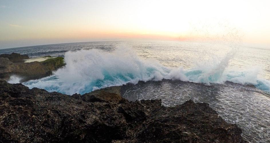 Devil's tear cliff view lembongan bali