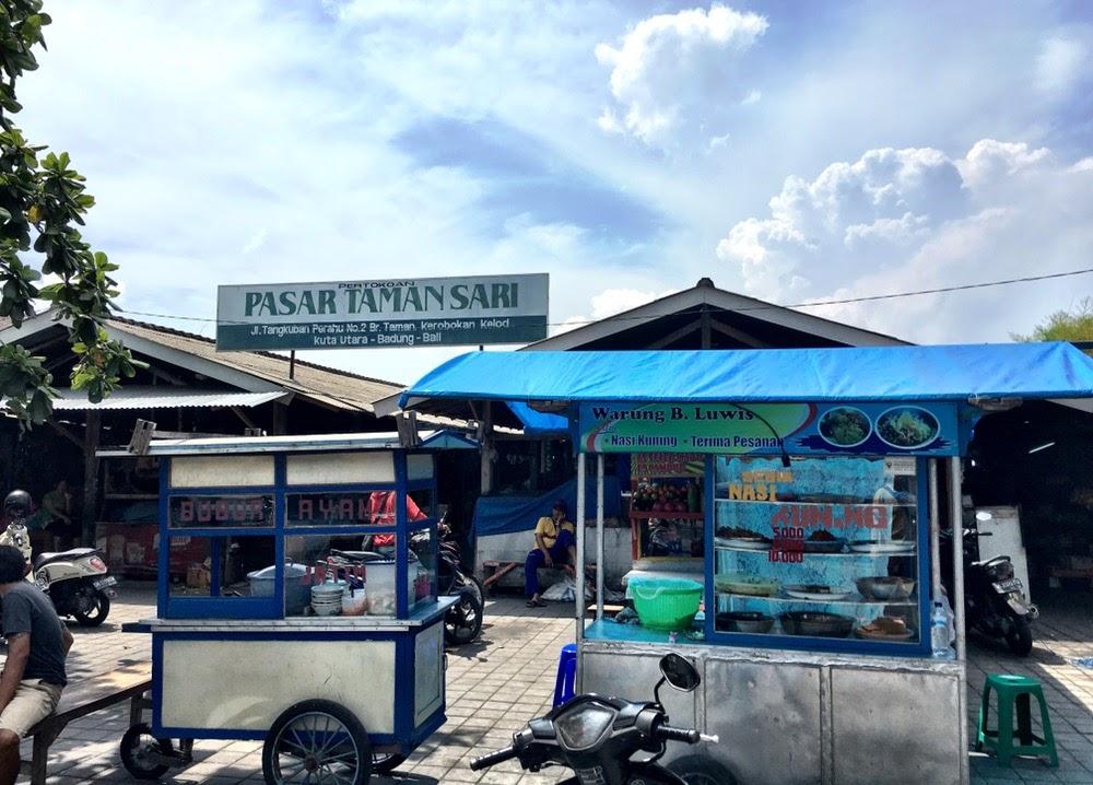 taman sari traditional market