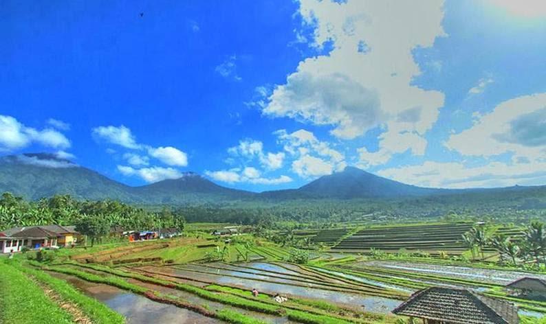 mount adeng in Bali