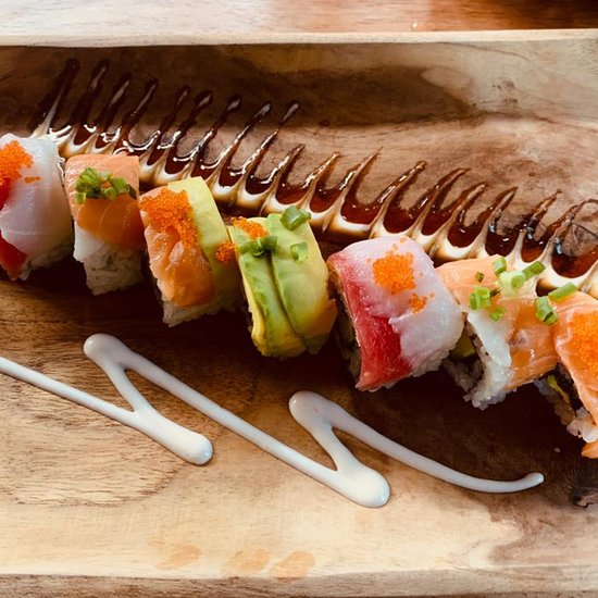 Oishii bar and grill food