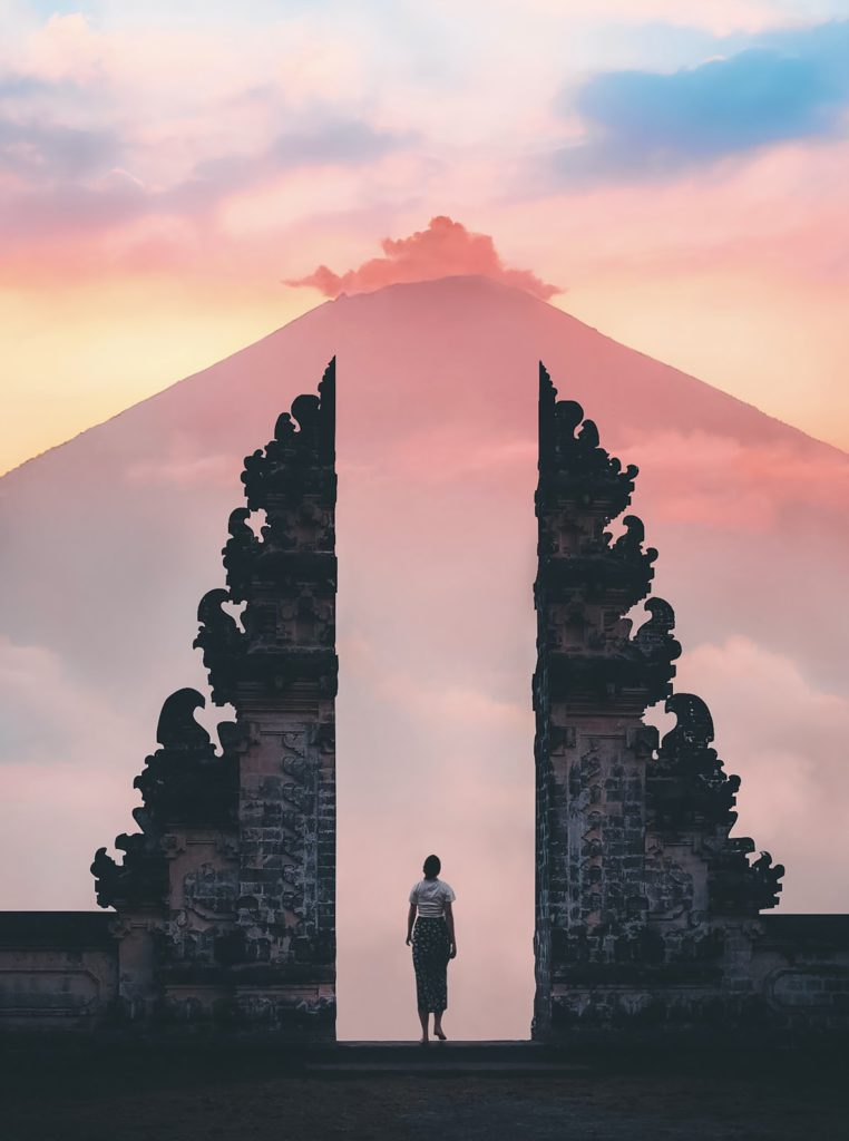 mount lempuyang in Bali
