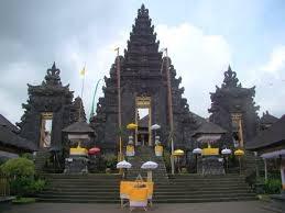 blanjong temple in bali