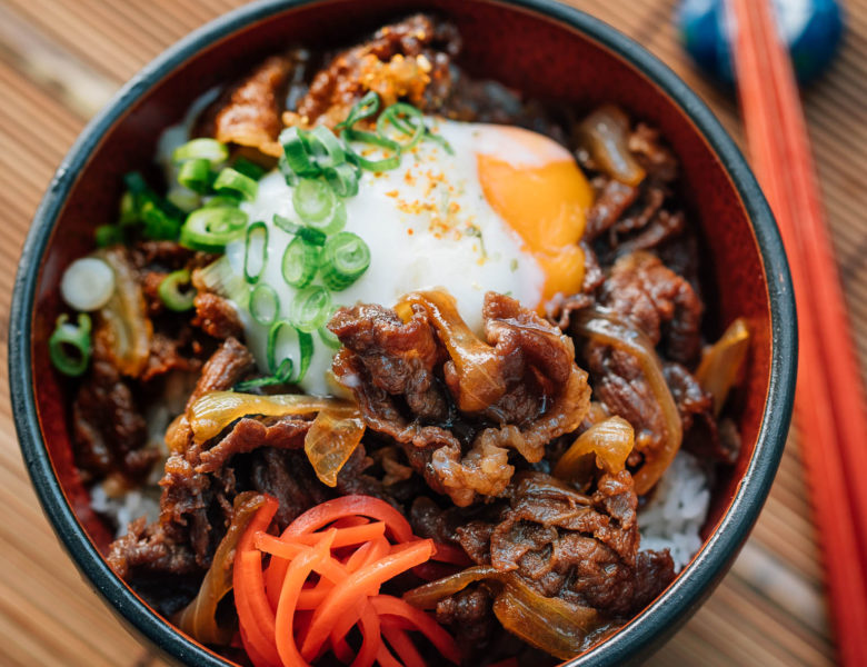 8 Rice Bowl Recipes with Various Side Dishes: Perfect for Lunch