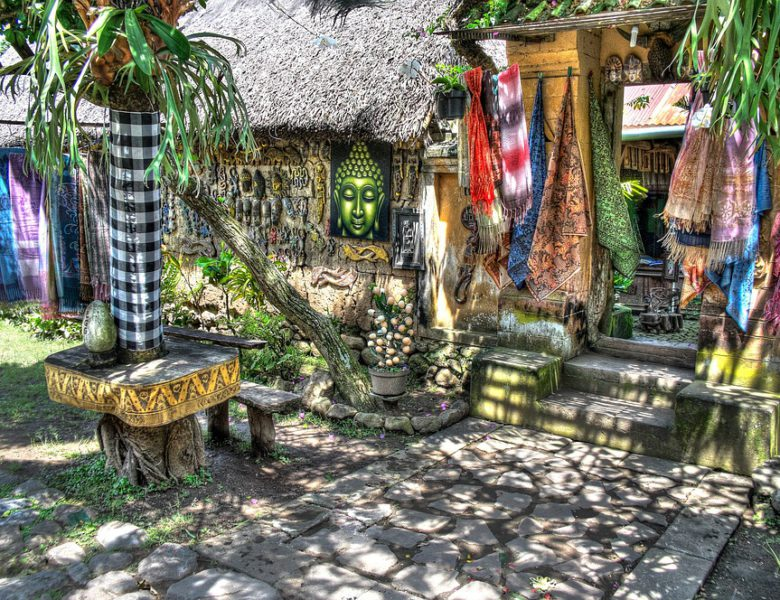 All about Balinese Sarong: A Complete Guide