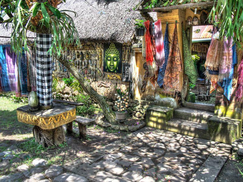 Hal Yang Perlu Kamu Ketahui Tentang Sarung Bali: Panduan Lengkap