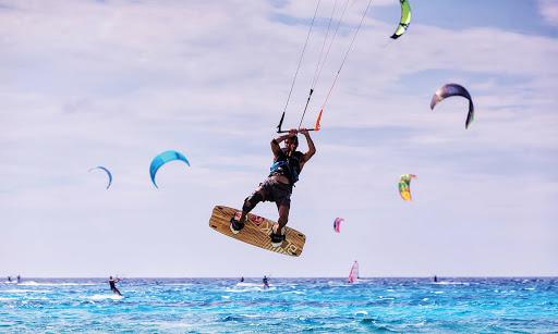 kitesurfing in sanur beaches