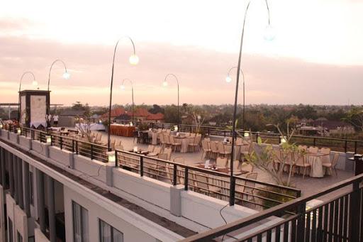 rooftop bar bali