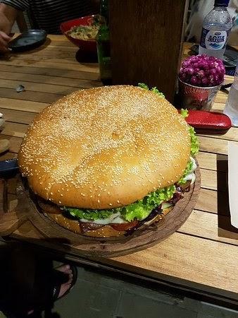 Fat Bowl Burger Bali