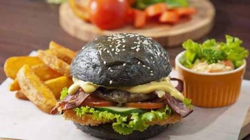 Black House Burgers Bali