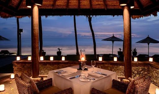 seaside restaurant Bali