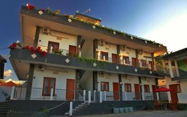 Srikandi Jimbaran Guest House