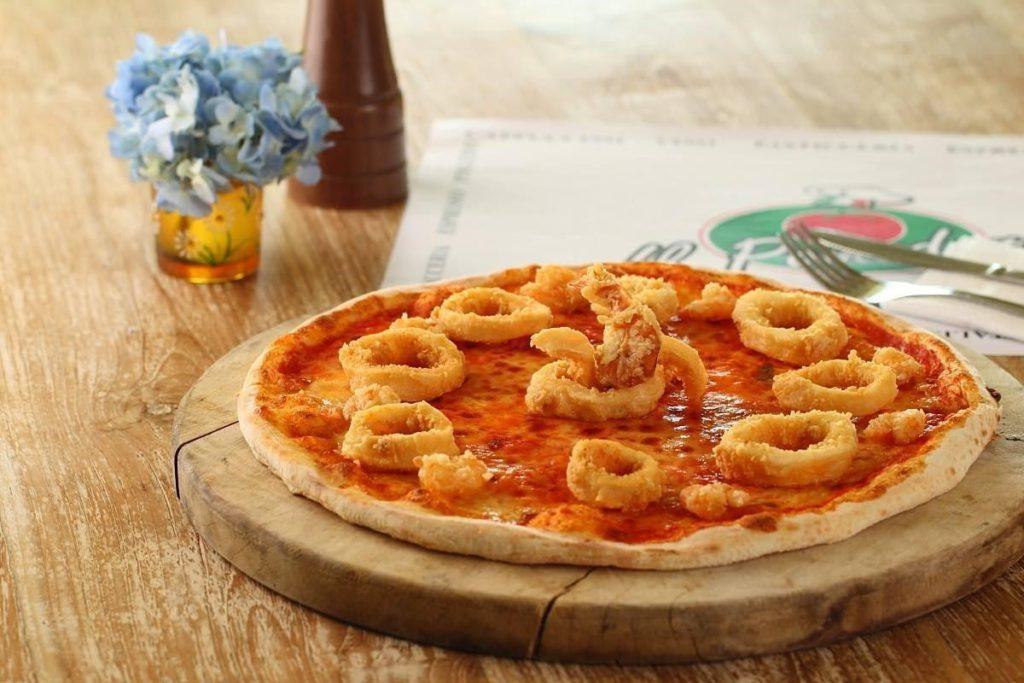 Pizza calamari di Il Pomodoro