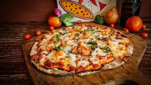 Pizza Italia yang lezat oleh Mamma Mia Pizza