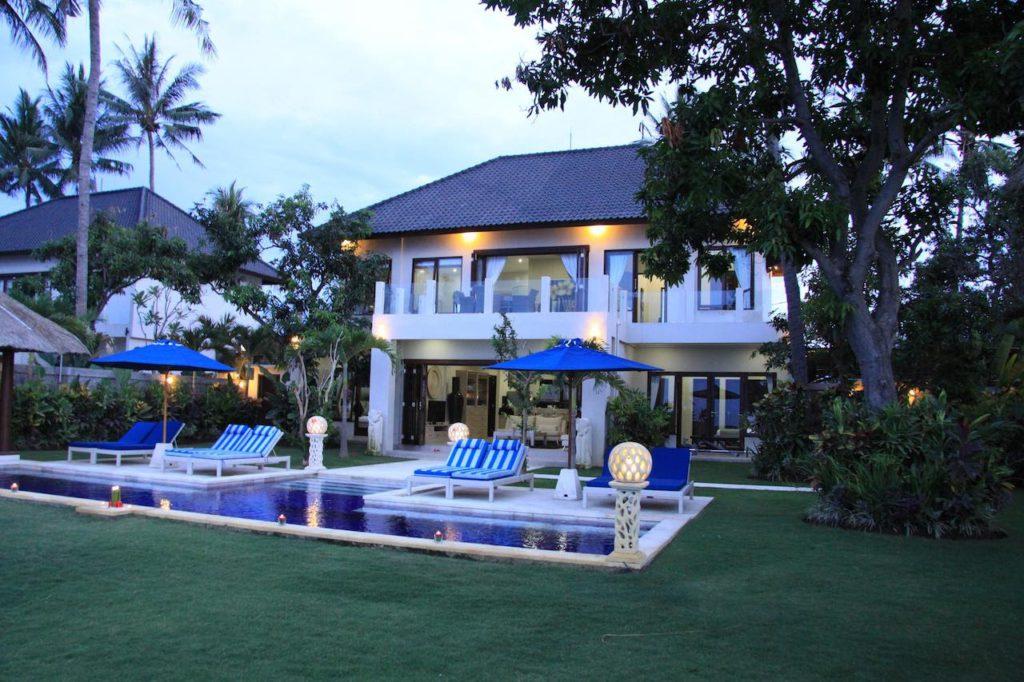 beachfront villas frontview