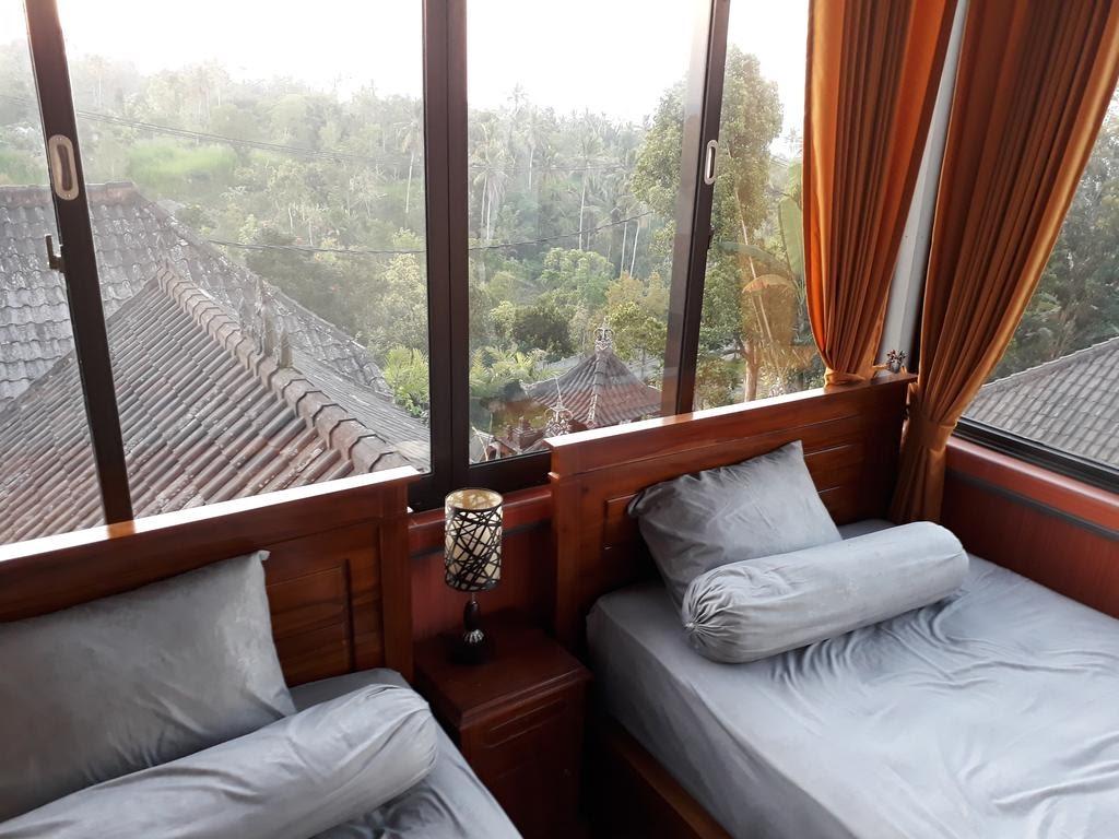 double room of besakih homestay in East Bali