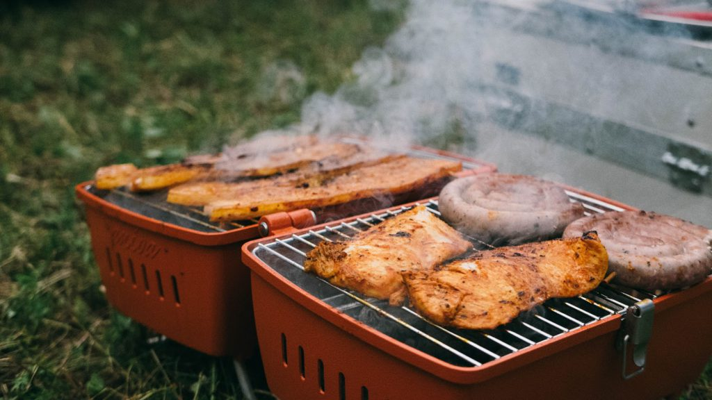 have a barbeque party with Hog Wild Catering Bali