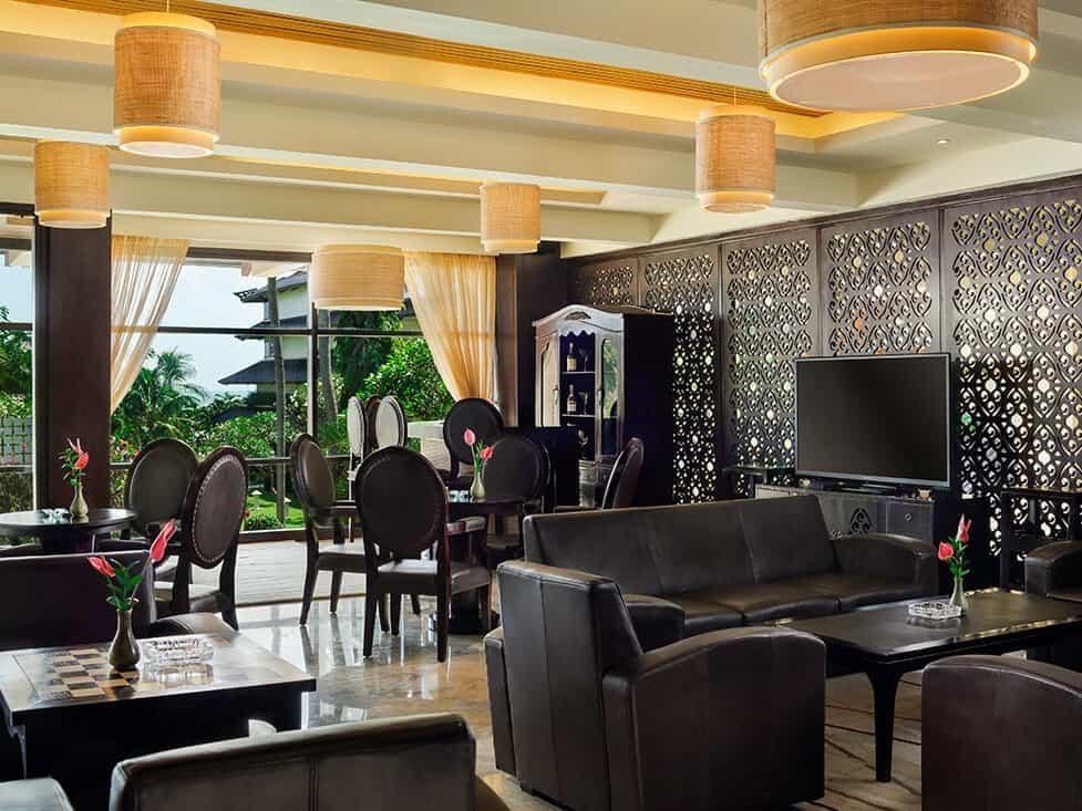 Cozy cigar lounge in Kartika Plaza Hotel