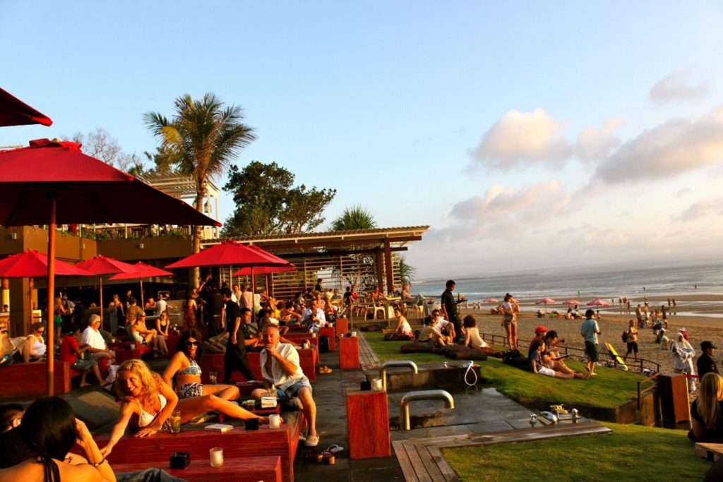 KU DE TA cozy seaside beach bar