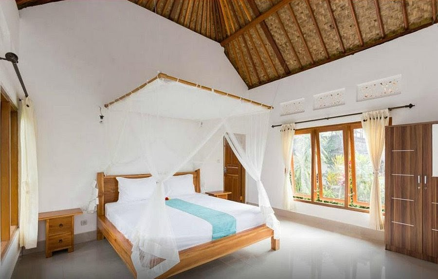 lila stana guesthouse room in East Bali