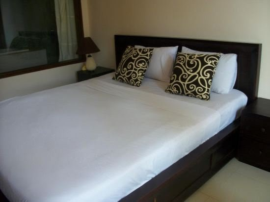 Putra Lebah guesthouse double deluxe  in East Bali