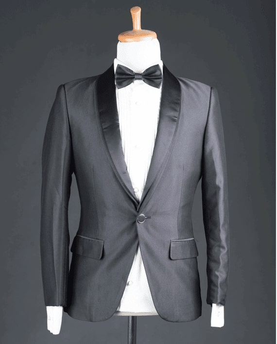 rent a suit in Bali at michelle bridal house
