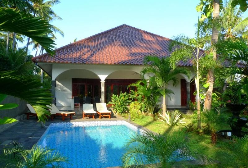 Villa Kelapa Lovina Bali with private pool in North Bali