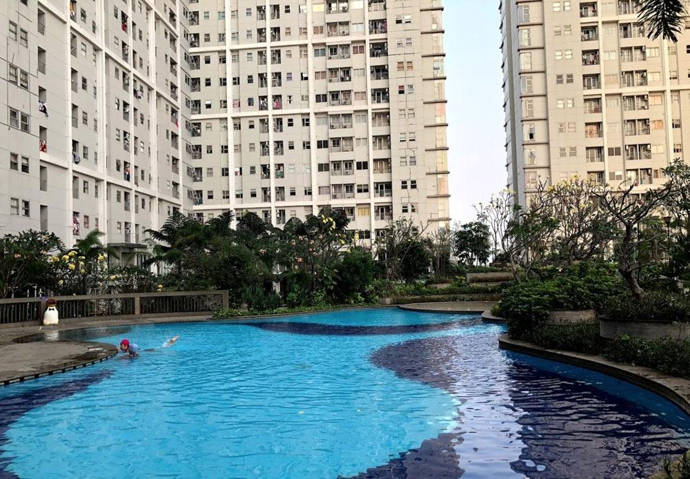kolam renang di seasons city
