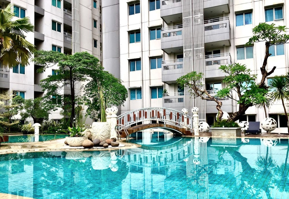 kolam renang sky terrace apartment