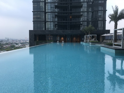 District 8 SCBD infinity pool - rent apartment monthly jakarta