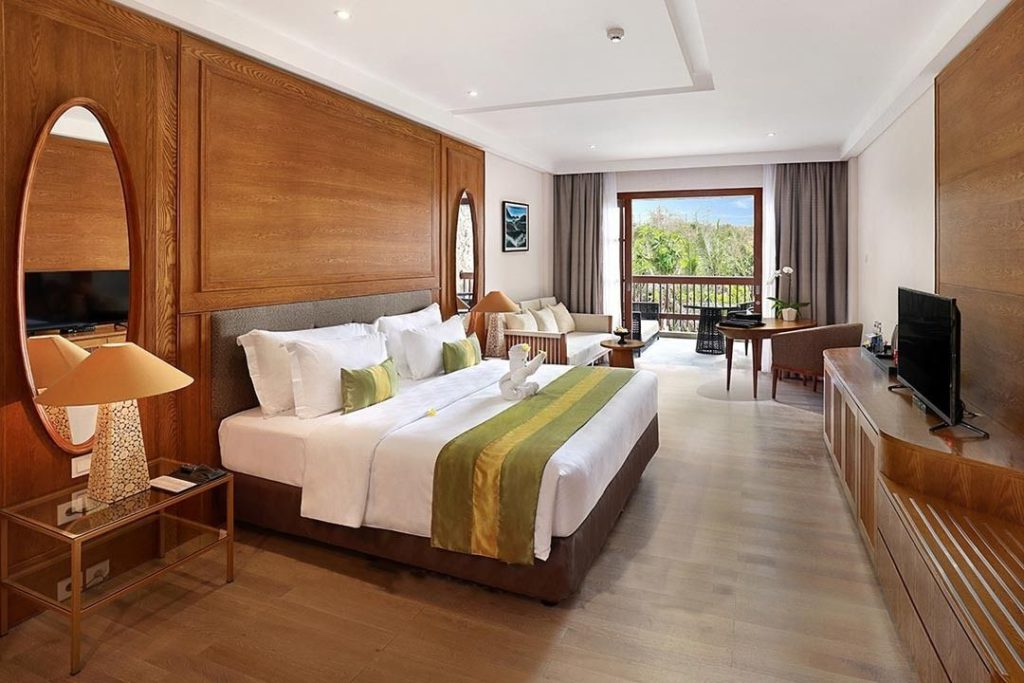 stay in Royal Tulip Springhill for bali long term rental