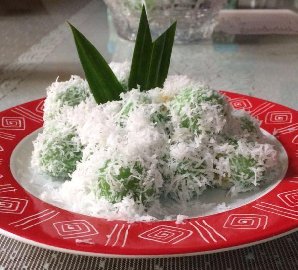 15 Dessert Bali Terenak: Untuk Penggemar Makanan Manis