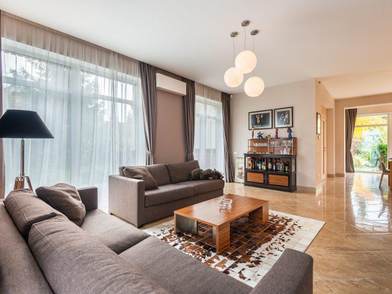 8 Rekomendasi Apartemen Dekat BINUS School Simprug
