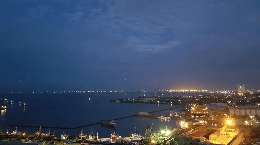 apartemen pluit sea view scenery