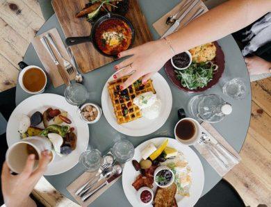 10 Restaurants Near Grand Kamala Lagoon Apartment