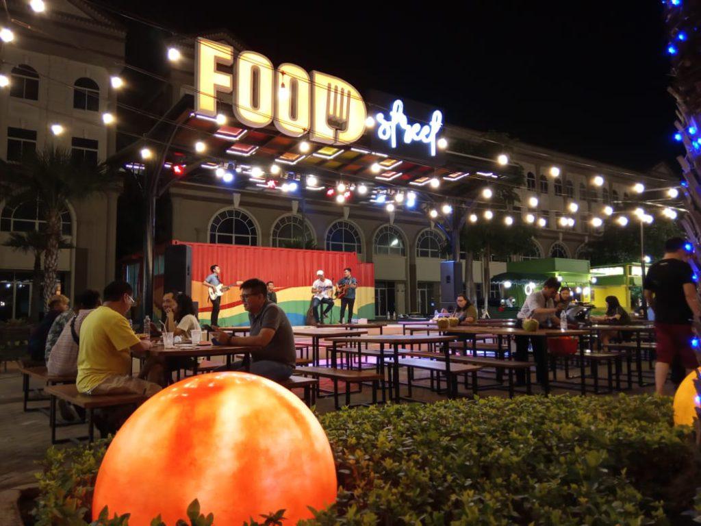 food street restoran baru di pik 2021