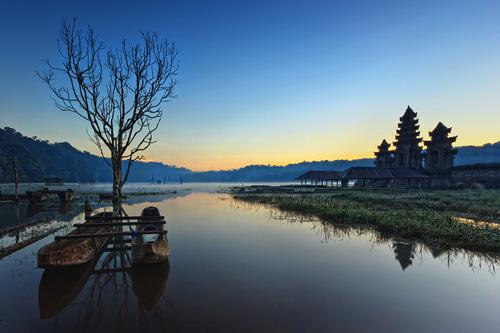 Catat 7 Hal Ini Sebelum Berwisata ke Danau Tamblingan Bali