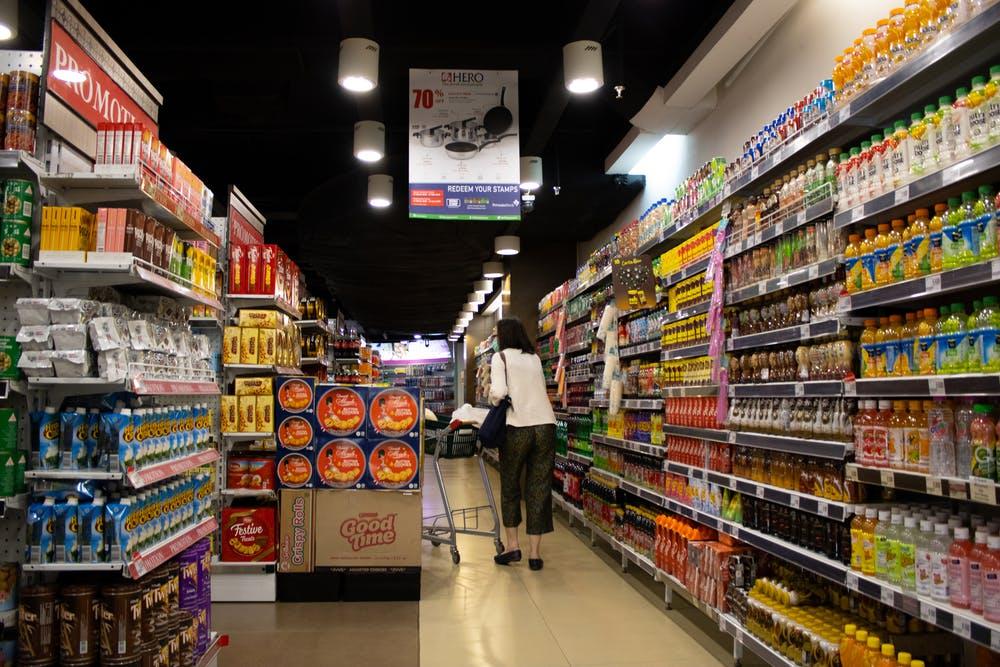 supermarket rent menara latumenten apartment
