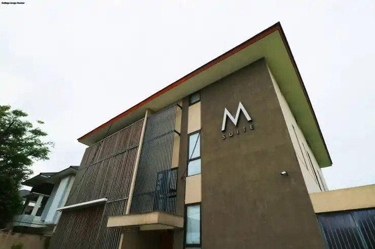 m suite kost exclusive near uph